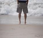 彼氏の胸毛は好き?海に行く前に剃るべき?