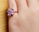 婚約指輪は結婚後いつつける?結婚指輪と重ね付け順番と意味