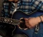 左利きのギターは右利き用を逆にする、違いは?どっちがいいの?